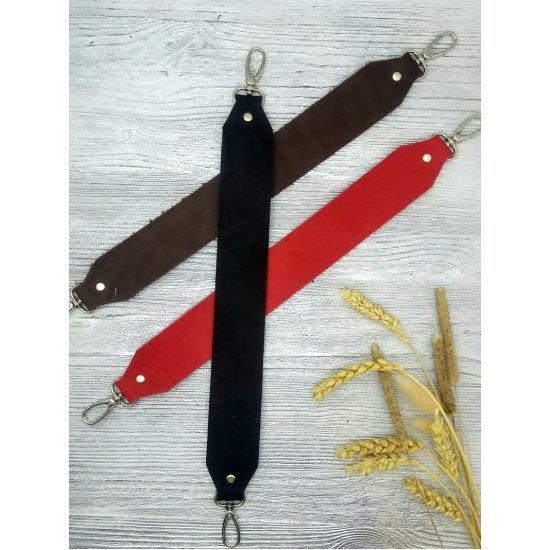 Ремень кожа с карабинами (Красный) 39см