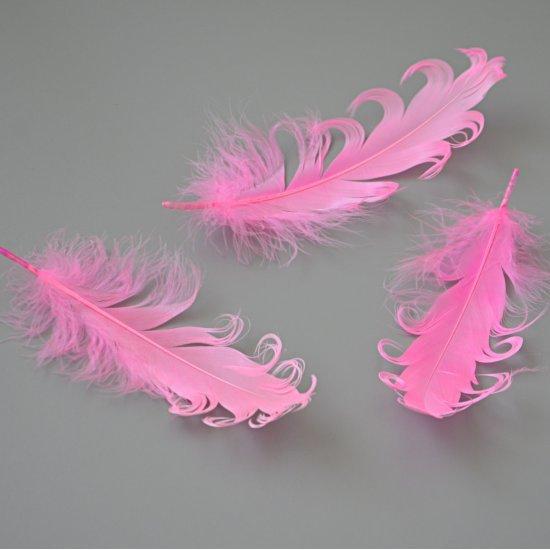 "Перо Гуся ""кудри"" (Ярко-розовый) 13-18см, 1шт Houseyarn"